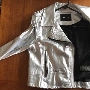 NEW Silver faux leather motorcycle jacket. Size M.